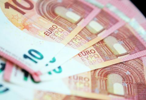 Tečaj eura skočio