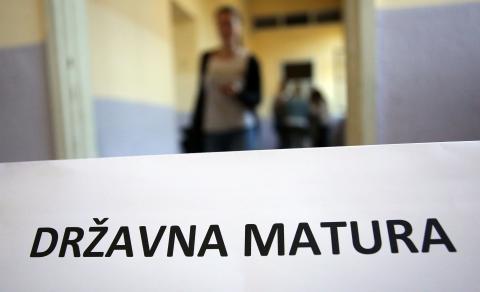 S jedinicom iz eseja maturanti više neće moći proći hrvatski