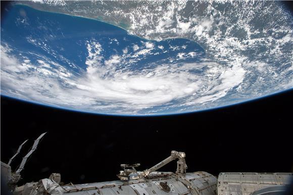Dvojica astronauta SpaceX-a u nedjelju bi se trebali vratiti na Zemlju