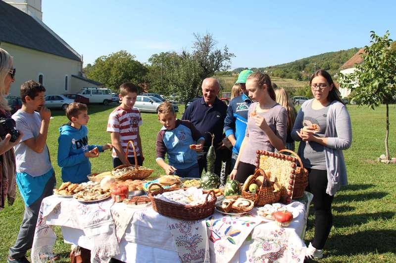 Dan plodova zemlje u Gornjoj Rjeci snimio Marcel Kovačić 072