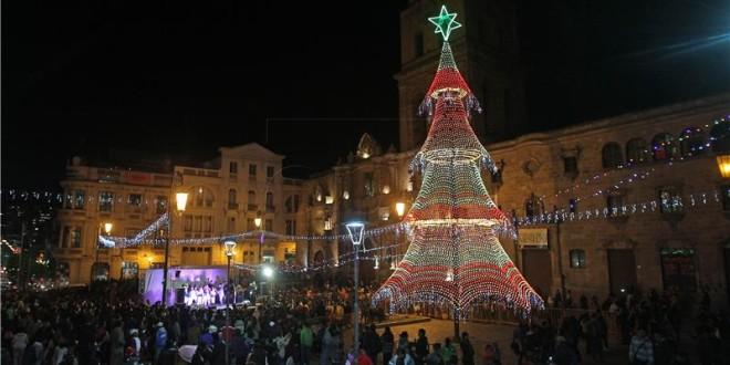 Božićna svjetla u Boliviji - Prigorski.hr