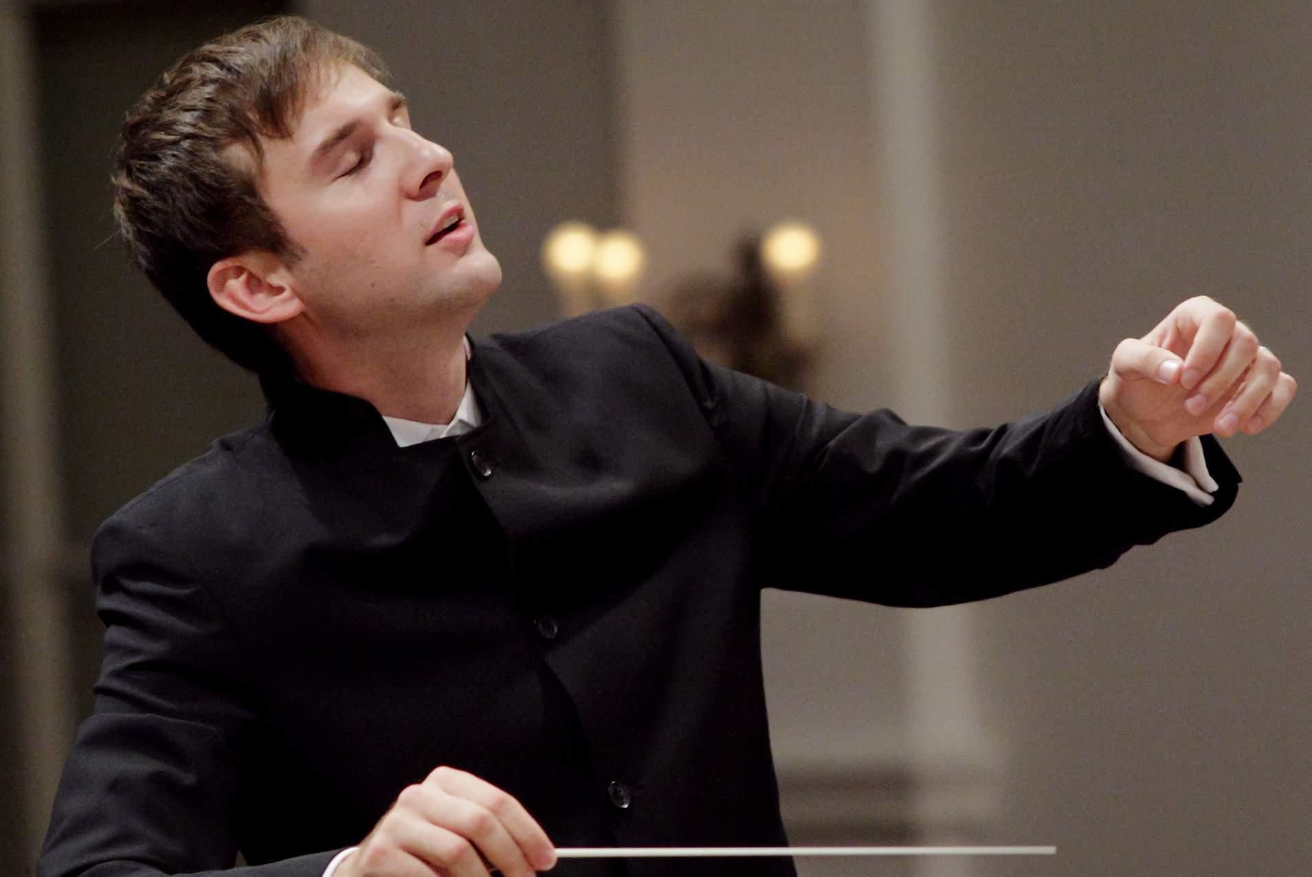 Dirigent-Matija-Fortuna