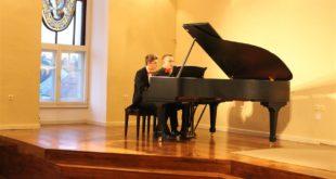 klavirski duo