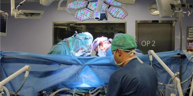 lijecnici, bolnica, operacija
