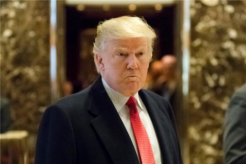 Trump pokreće novu društvenu mrežu 'TRUTH' Social