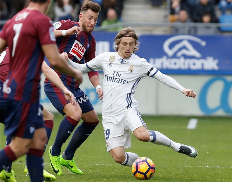 Real sedam bodova ispred Barcelone