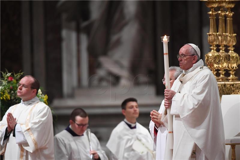 Papa donirao 35 respiratora zemljama pogođenim koronavirusom