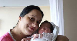 Emina Ostojić i kći Tijana, 3300 g i 50 cm / foto: Glas Podravine i Prigorja