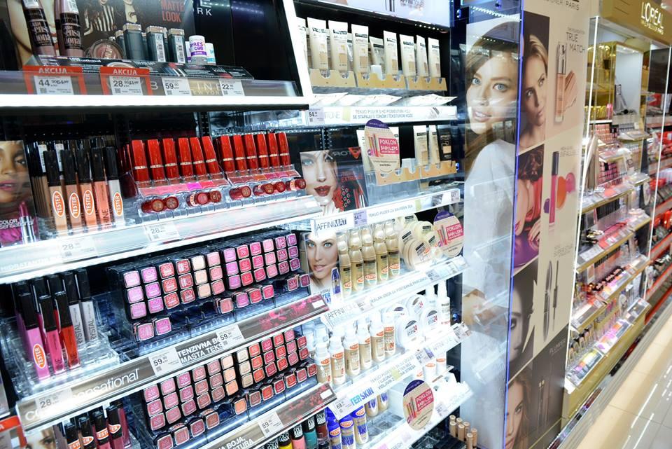 Iz trgovine ukrala parfeme i druge kozmetičke proizvode