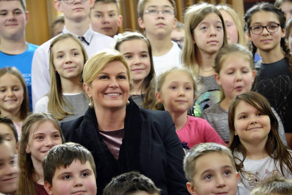 Predsjednica poručila križevačkim osnovnoškolcima: Očekujem da vi budete sutra predsjednica, premijer i ministri