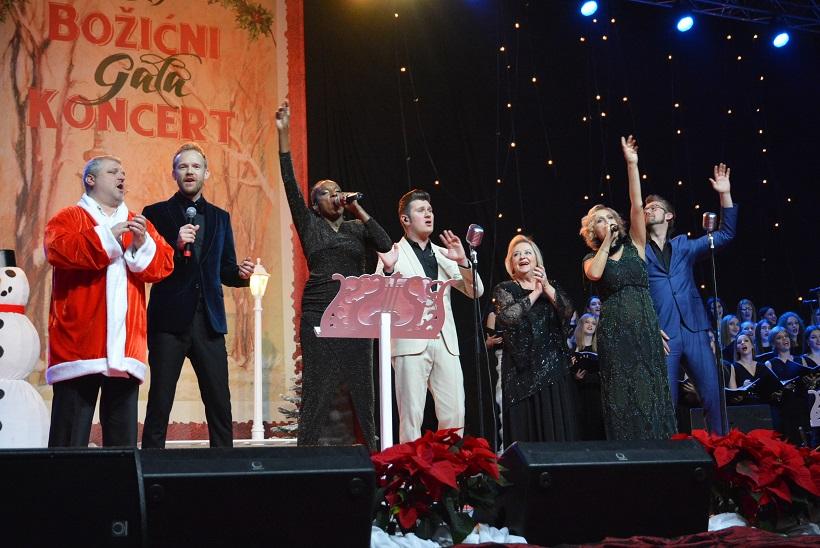 VIDEO Bjelovar: Održan 15. božićni koncert u školsko-sportskoj dvorani