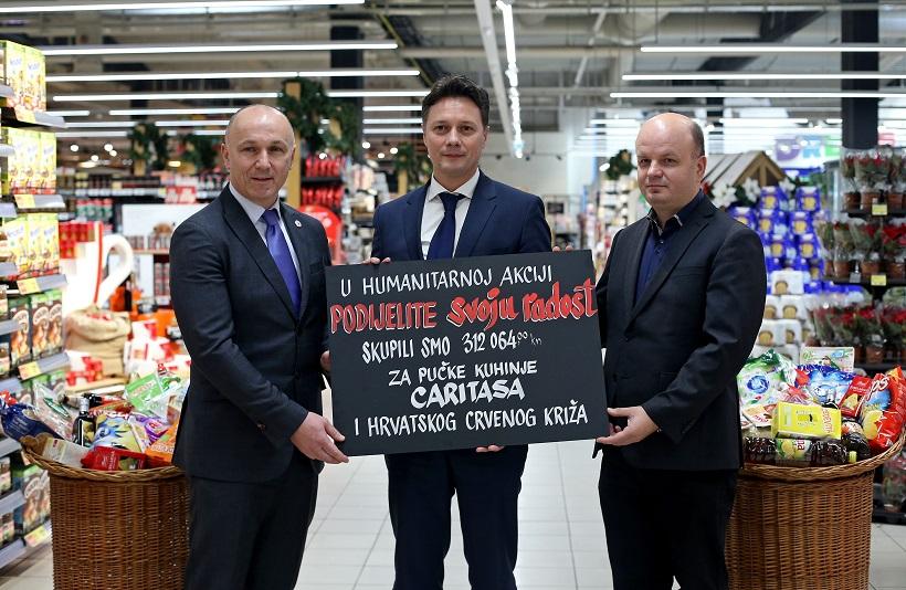 Konzum uručio donacije za pučke kuhinje Caritasa i Hrvatskog Crvenog križa