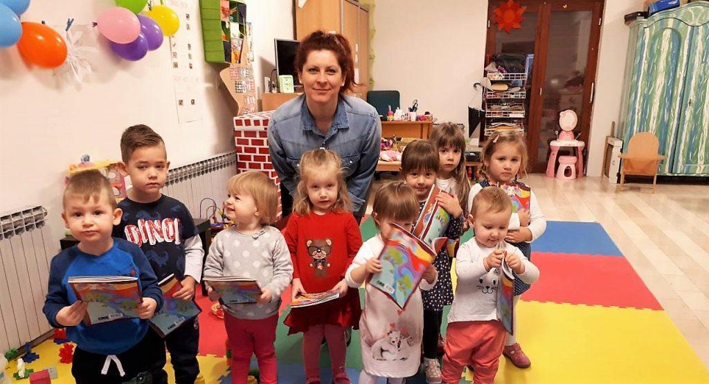UZOR HR uz podršku Ine uručio dječje priručnike za održivi razvoj djeci u koprivničkom Leptiriću i COOR Podravsko sunce
