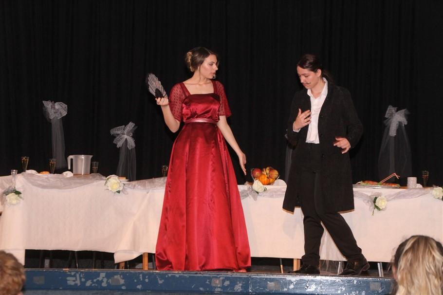 gimanzijalci uprizorili cehovljevu svadbu18