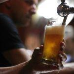 Restorani i pivnice u Češkoj otvoreni usprkos zabrani; kopirali su političare!