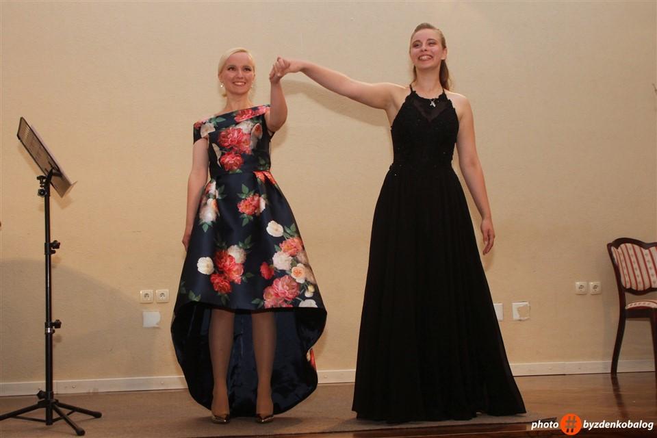 Lana Čakija i Klara Habjan15