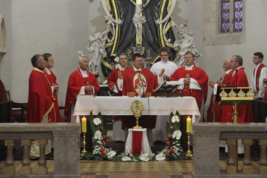U Križevcima svečano proslavljen blagdan Uzvišenja svetog Križa