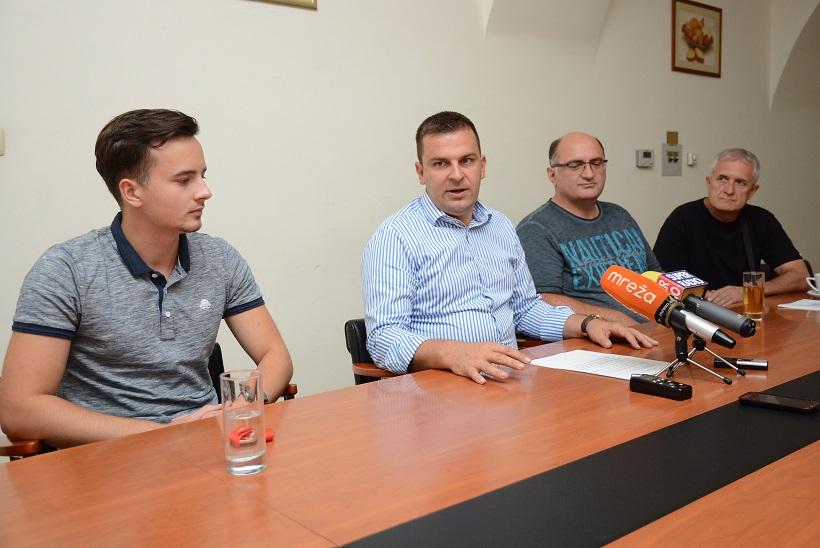 VIDEO Dario Hrebak primio Mirana Maričića, osvajača bronce na SP-u u streljaštvu