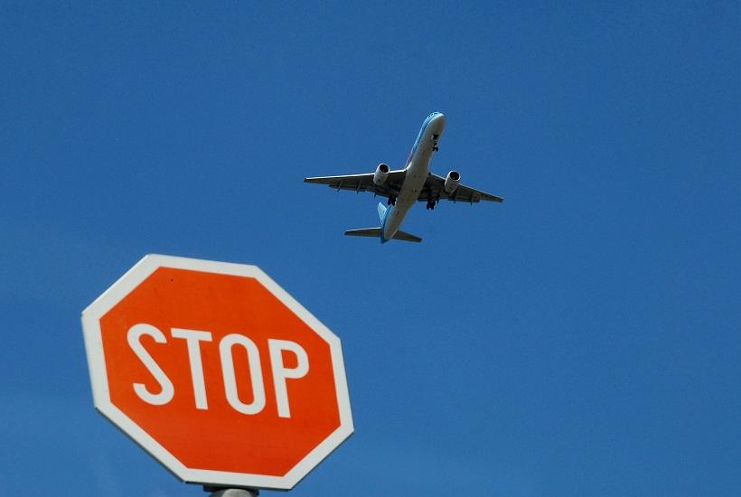 "Mlada vozačica nije stala na znak ""stop"" i skrivila prometnu nesreću"