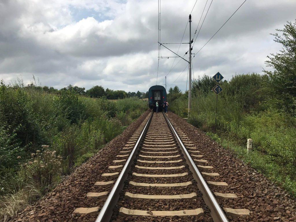 Žena (66) pala prilikom prelaska pruge – željeznički promet je normaliziran