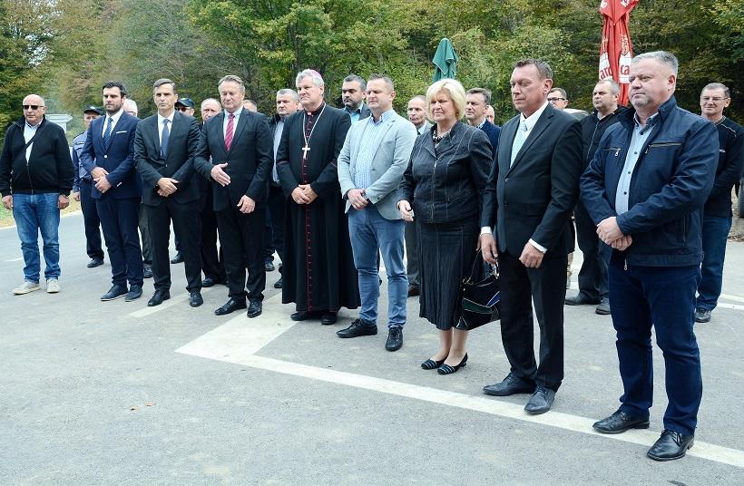 Svečano otvorena obnovljena dionica ceste Orleković – Vratečko