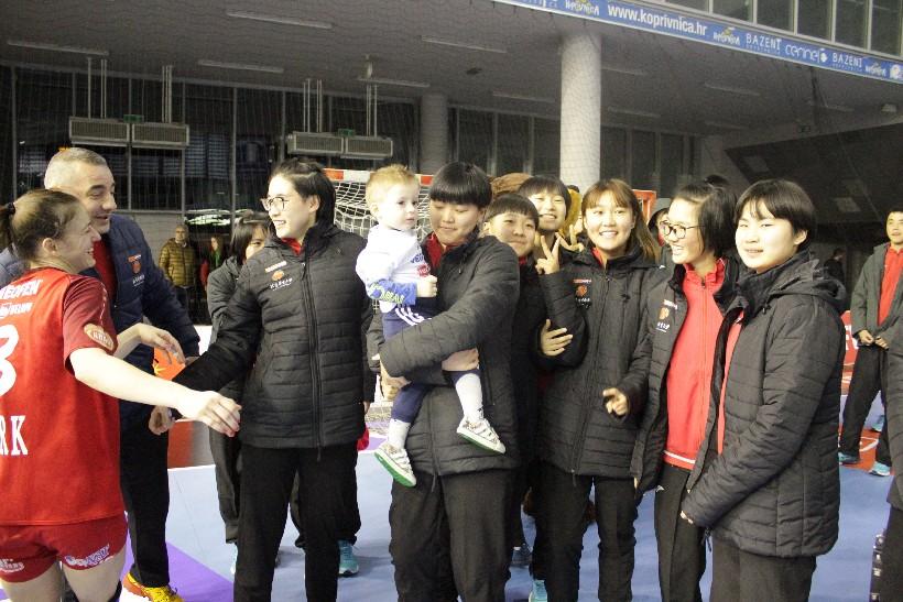Kineski rukometaši i rukometašice na utakmici Podravka Vegete (6)