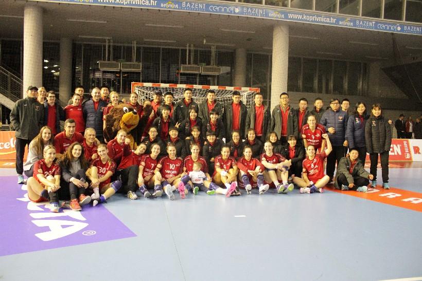 Kineski rukometaši i rukometašice na utakmici Podravka Vegete (9)