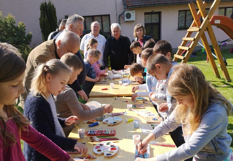 [FOTO] U Područnoj školi Bakovčica obilježen Dan planeta Zemlja