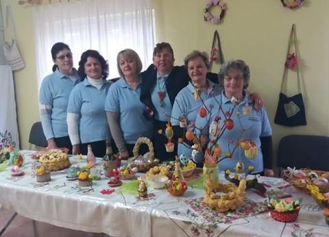 Graničarke iz Cirkvene organizirale izložbu kolača i blagdanskih radova