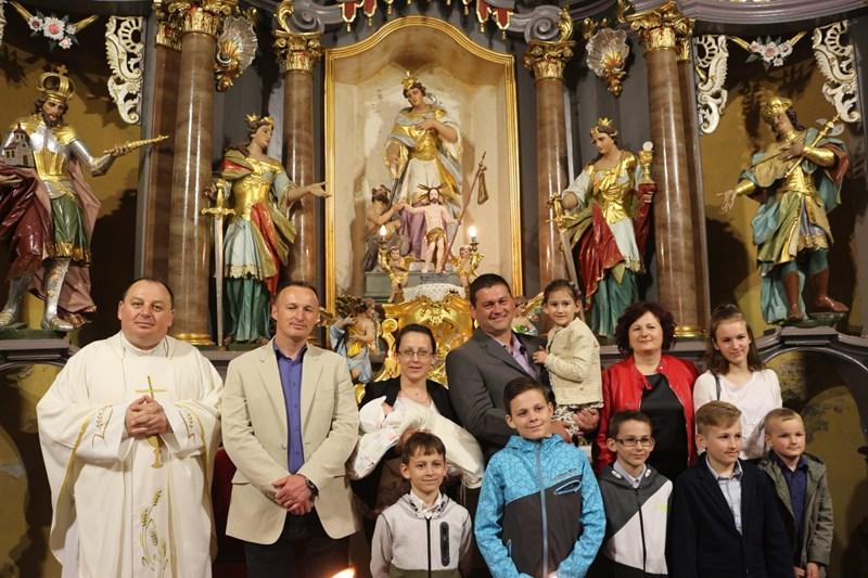 Kršteno peto dijete u obitelji Špoljarić