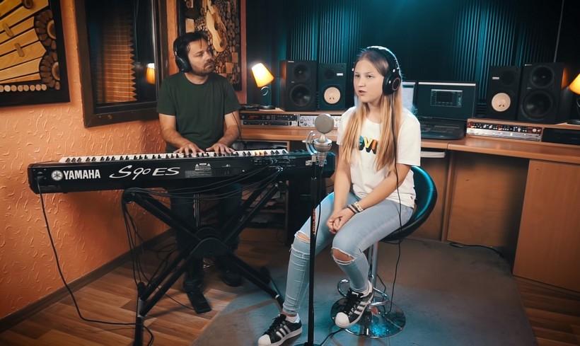 [VIDEO] Talent mlade Kalinovčanke Lorene Vlašić prepoznala diskografska kuća iz Sarajeva
