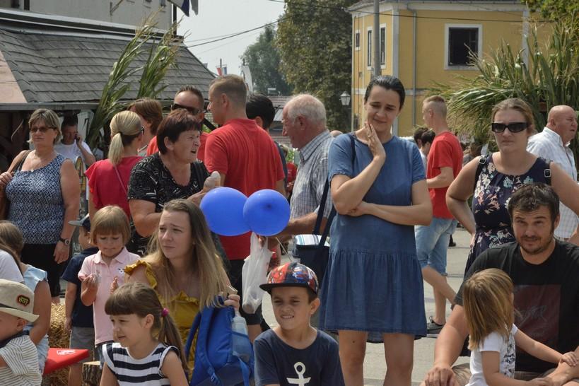 [FOTO] I mali i veliki uživali su na najvećoj vrbovečkoj manifestaciji