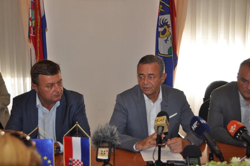 Župan Darko Koren: Cilj nam je što prije dobiti dvotračnu brzu cestu do Koprivnice, a premijeru Plenkoviću poručio sam da nisam za prodaju državnog udjela u Podravki