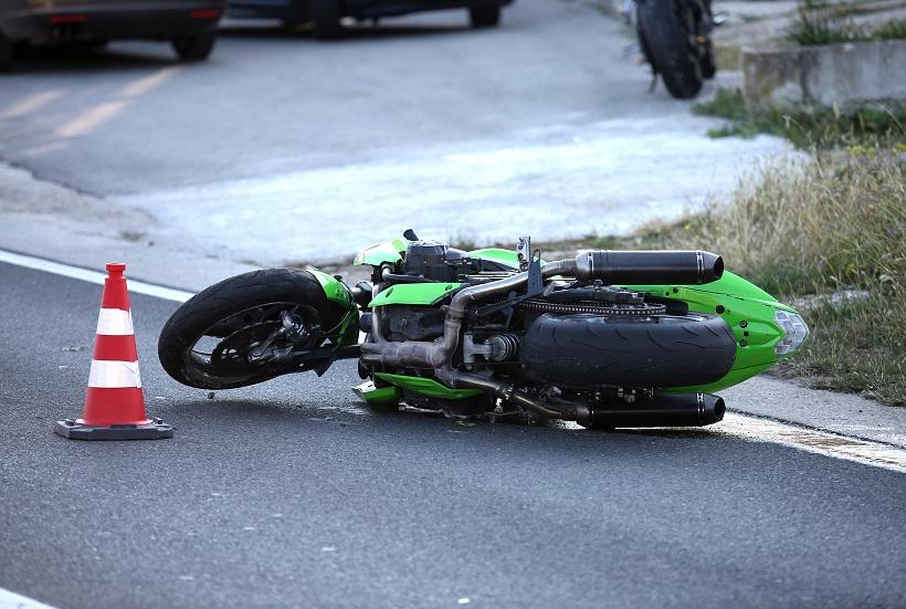POGINUO MOTOCIKLIST Promet je obustavljen