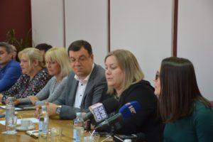 Bjelovarsko-bilogorska županija osigurala sredstva za pomoćnike u nastavi učenicima s teškoćama u razvoju koji imaju pravo na to