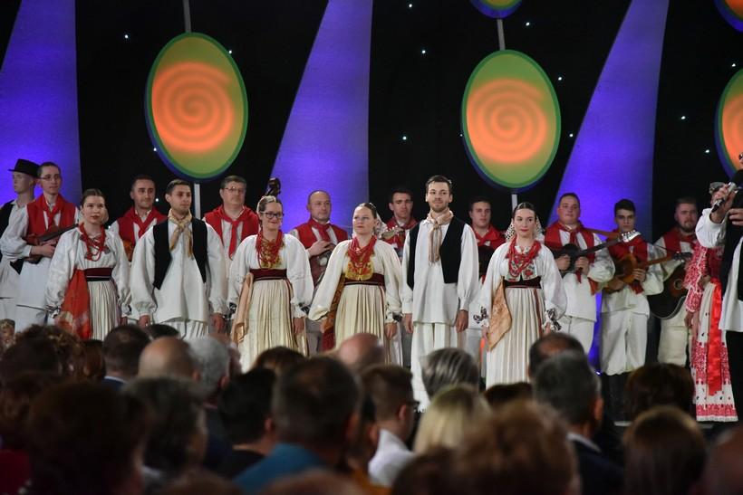 Lijepom Našom Vrbovec (5)