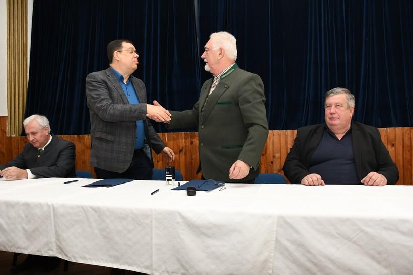 [VIDEO] Župan Bajs potpisao ugovore s 46 lovačkih saveza i udruga kao potporu njihovim aktivnostima
