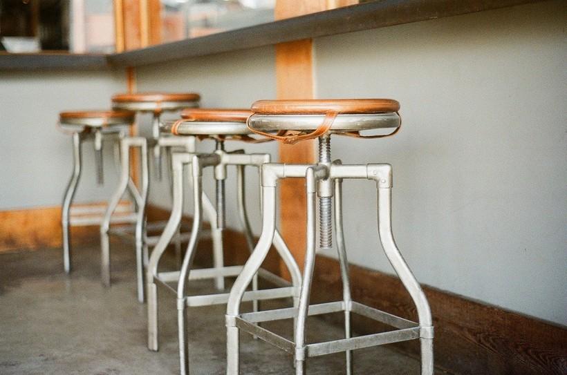 Policija traži lopova barskih stolaca iz Križevaca