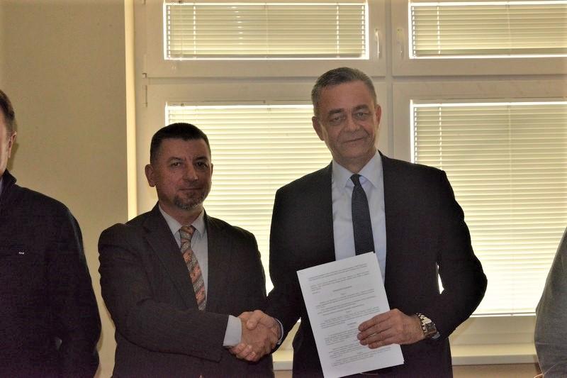 VELIKI DAN ZA OPĆINU Potpisan sporazum o izgradnji školske sportske dvorane u Svetom Petru Orehovcu