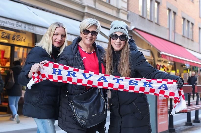 Hrvatske navijačice u Stockholmu