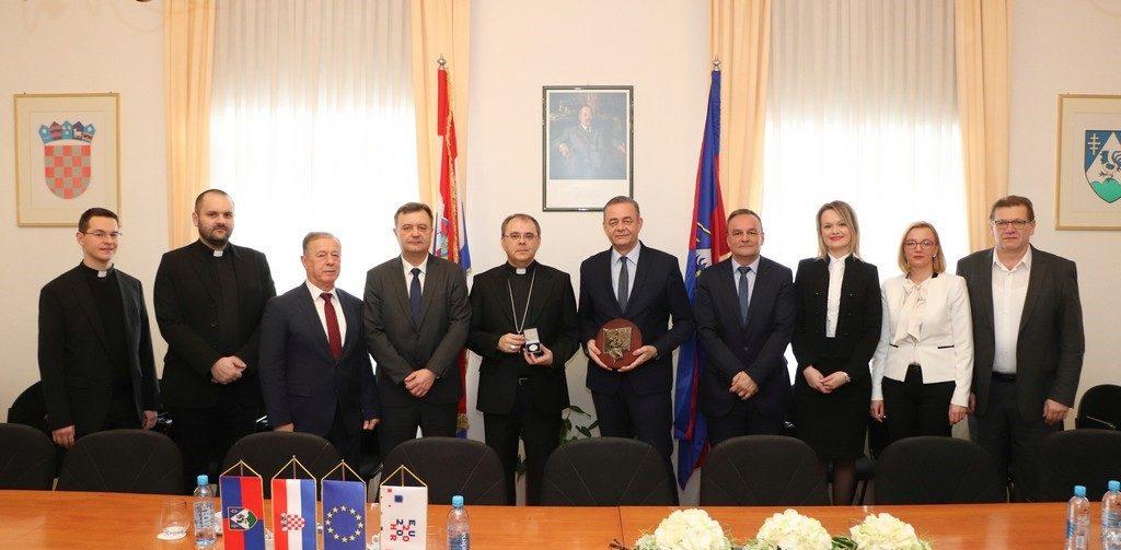 Župan Koren održao prijem za novog varaždinskog biskupa Božu Radoša