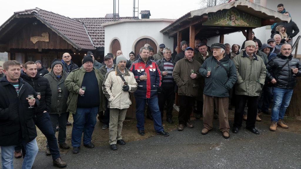 Đurđevački vinogradari i vinari proslavili Vincekovo na Belevinama kod Martina Jušte
