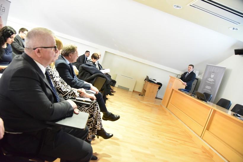 Radionica o investicijskim potencijalima; Dožupan Sobota: 'U našoj županiji na 300 hektara posluje 170 poslovnih subjekata koji zapošljavaju 4900 radnika'
