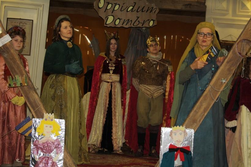 [FOTO] Održana treća dječja noć muzeja u Dubravi: 'Povijest je zabilježila da se ovdje vodila borba oko trona'