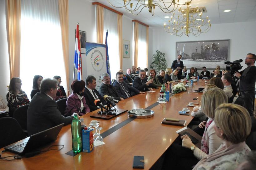 """Održana Početna konferencija projekta """"Centar kompetentnosti u Koprivničko-križevačkoj županiji"""" vrijednosti 30 milijuna kuna"""