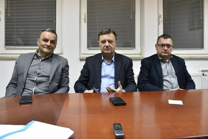 Prvi neslužbeni rezultati unutarstranačkih izbora u HDZ-u // Andrej Plenković osvojio u Koprivničko-križevačkoj županiji 80 posto glasova, pobjedu odnio u svim općinama i gradovima