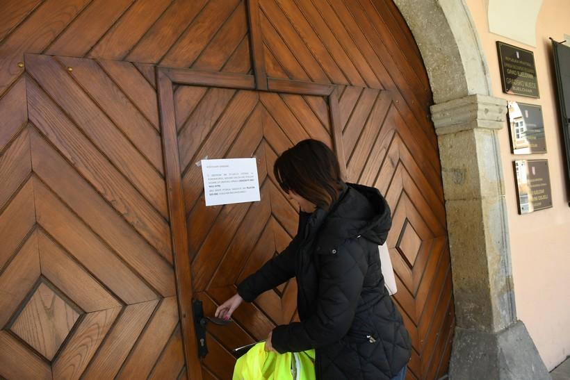 [VIDEO] U Bjelovaru zatvorene gradske ustanove; i pojedini ugostitelji zatvorili svoja vrata