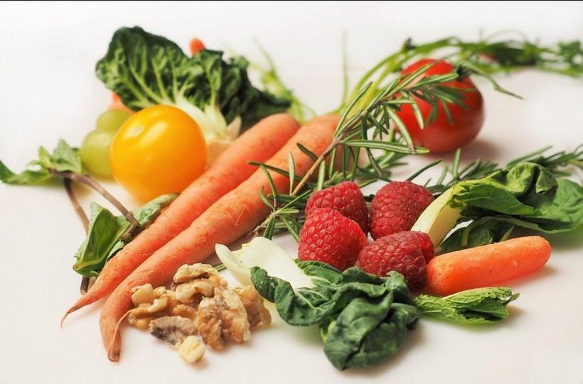 """Prijatelji životinja savjetuju: """"Ostanite doma i jedite voće i povrće, kako bi osnažili organizam"""""""