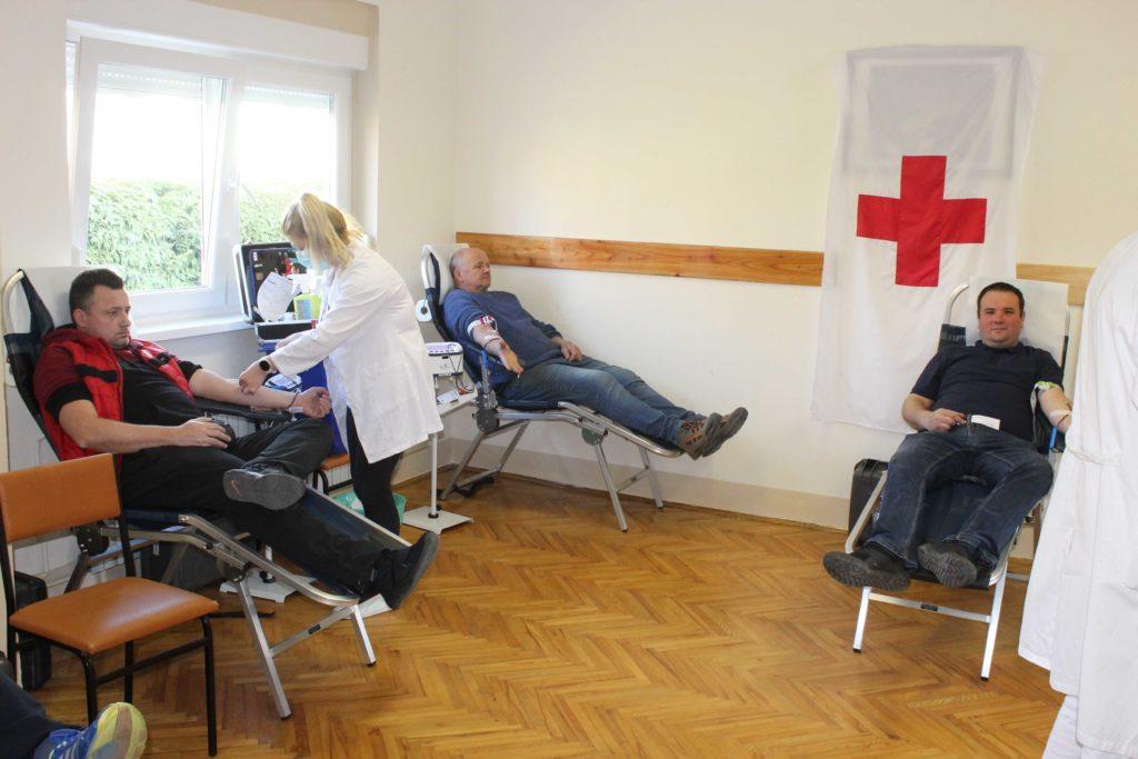 HRABRI DOBROČINITELJI U Gradskom društvu Crvenog križa Koprivnica traje akcija dobrovoljnog darivanja krvi