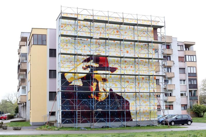 Karlovački slikar Leonard Lesić završio rad na muralu s likom Miroslava Krleže